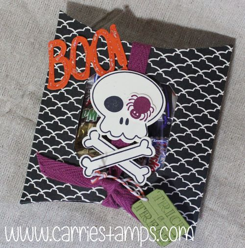Howl-o-ween pillow box2
